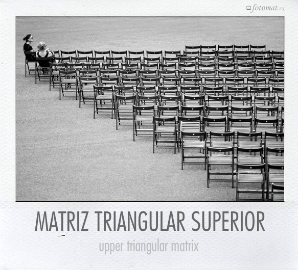 Matriz cuadrada triangular superior